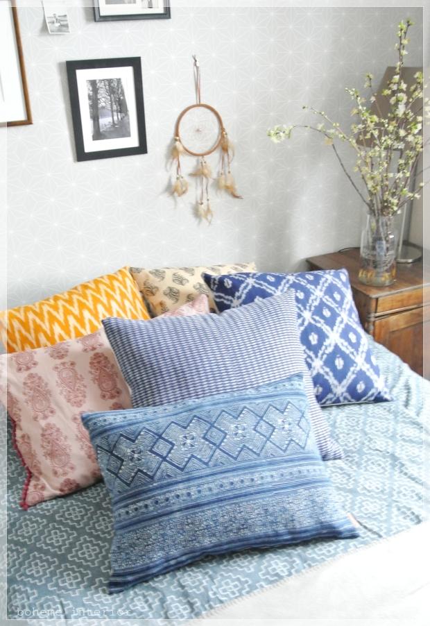 Eclectic bohemian blue bedroom / boheemi värikäs makuuhuone