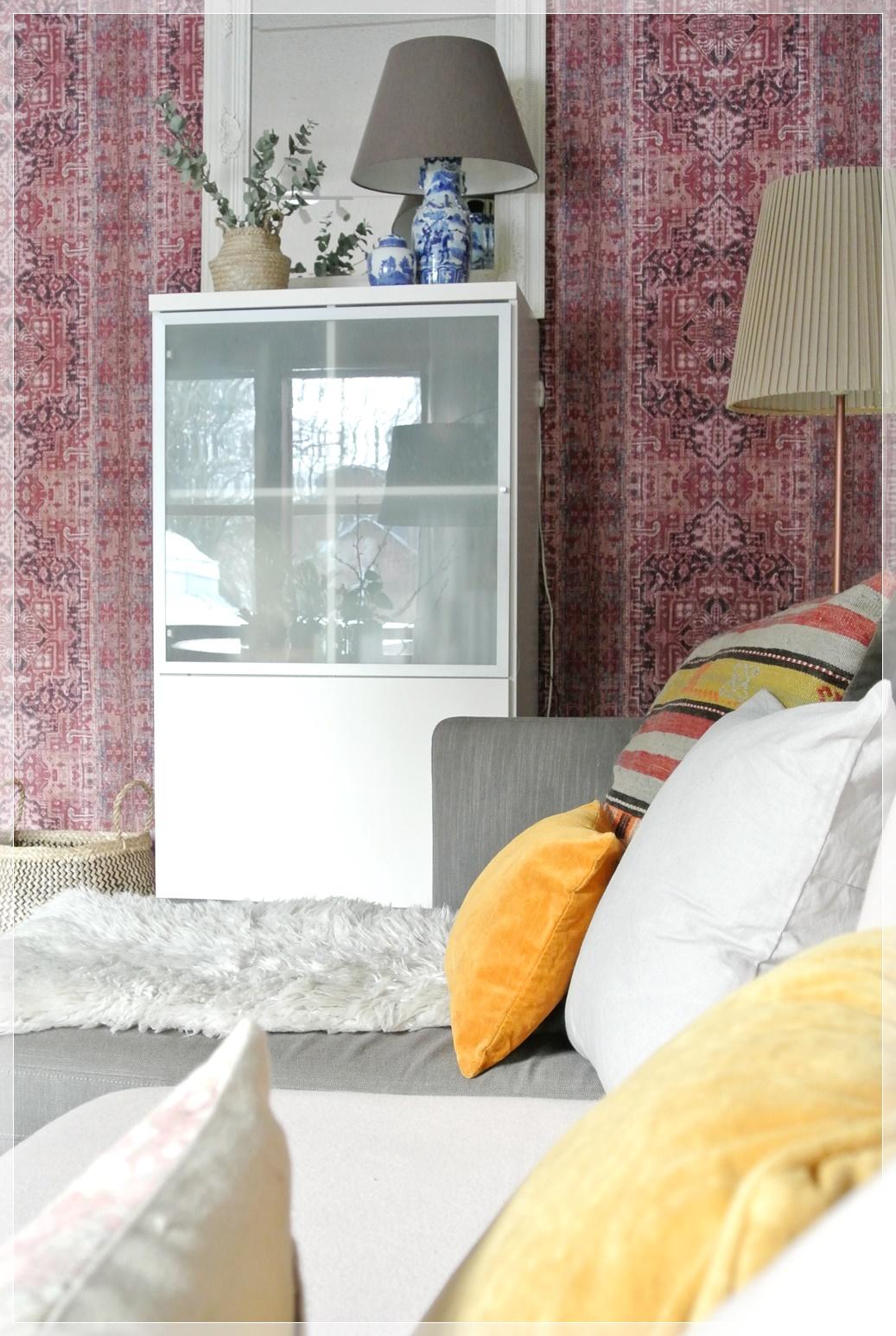 olohuone, livingroom, tapetti, wallpaper, kelim, sisustus, homedecor