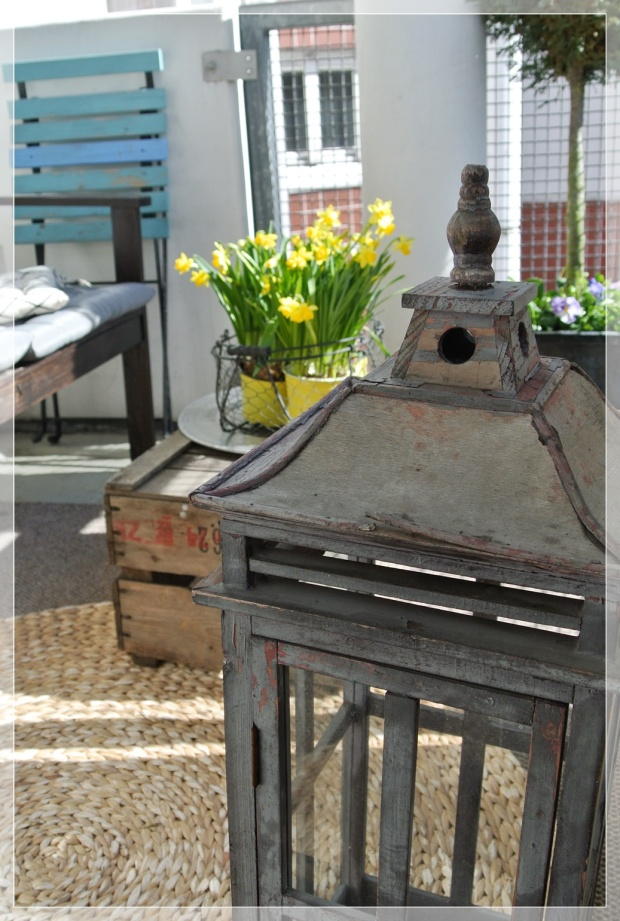 Parveke, balcony, spring flowers, sisustus, home decor